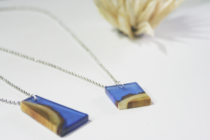 wood resin pendant - completed