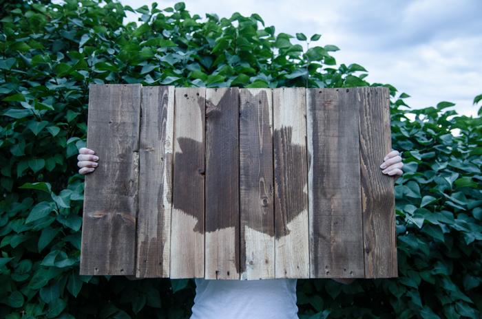 DIY crafts for canada day | DIY Pallet Art | Resin Crafts | Canada Day projects | Resin DIY | Resin Decor | Canada Day project | Canada Day celebration | Party ideas for Canada Day | Canada Day Decor
