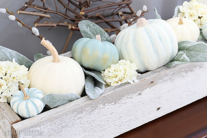 Resin Crafts   DIY Decor   Fall Decor   DIY Fall Decor   Crafts   DIY Pumpkins   Creative Pumpkins