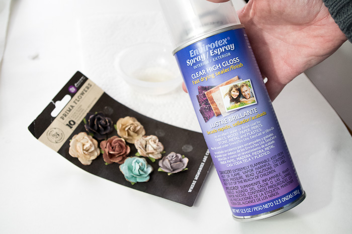 Layering Resin to make paperweight- get flowers and resin spray