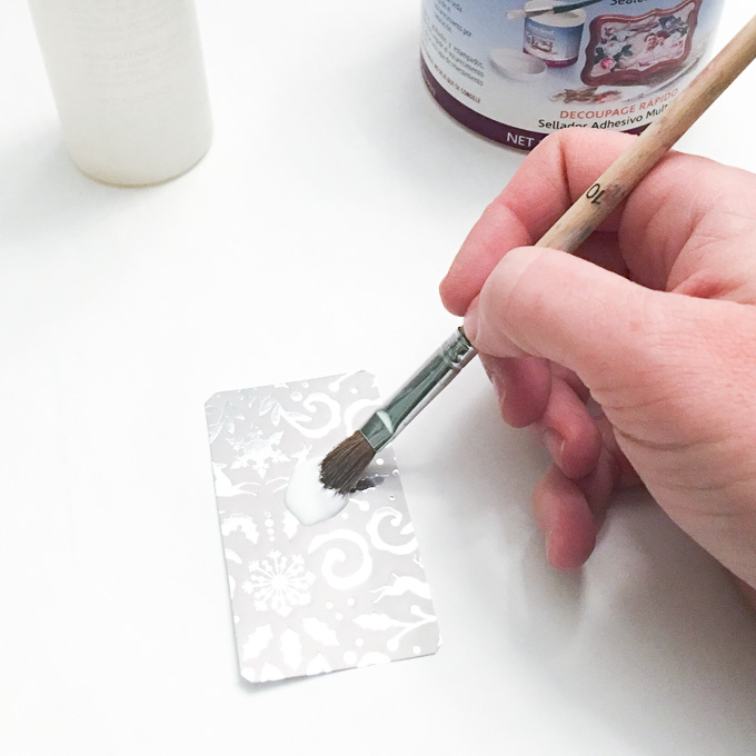 DIY Christmas ornaments with EasyCast resin