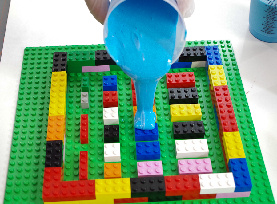 DIY Lego Mold using silicone rubber - pour into one spot on the center of the form