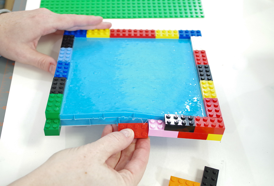 DIY Lego Mold using silicone rubber - Take off each lego on the outside