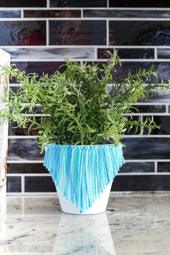 Resin Crafts Blog | Decorating with Plants | DIY Planters | Plants | Greenery | Home Decor | DIY Home Decor | DIY Spring Decor |