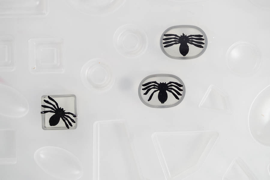 DIY Spider Resin Rings - with bubbles popped, let cure for 24 hours