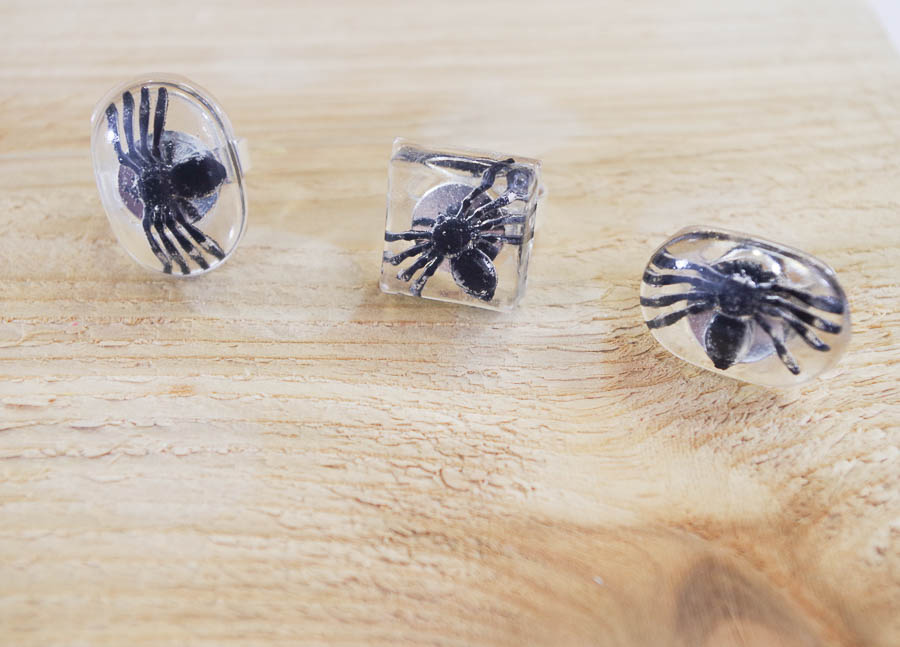 DIY Spider Resin Rings - finished horizontal