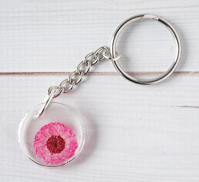 DIY Resin Flower Keychain - Pink Flower Keychain