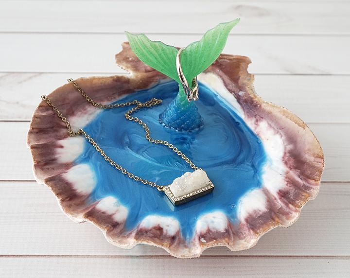 DIY Mermaid Jewelry Dish with Jewelry