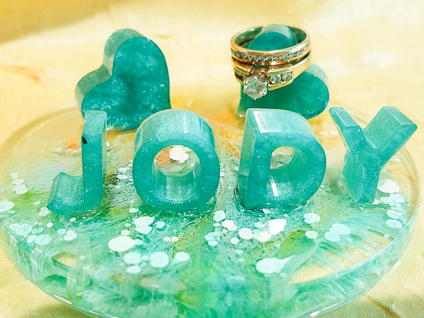 personalized resin ring holder