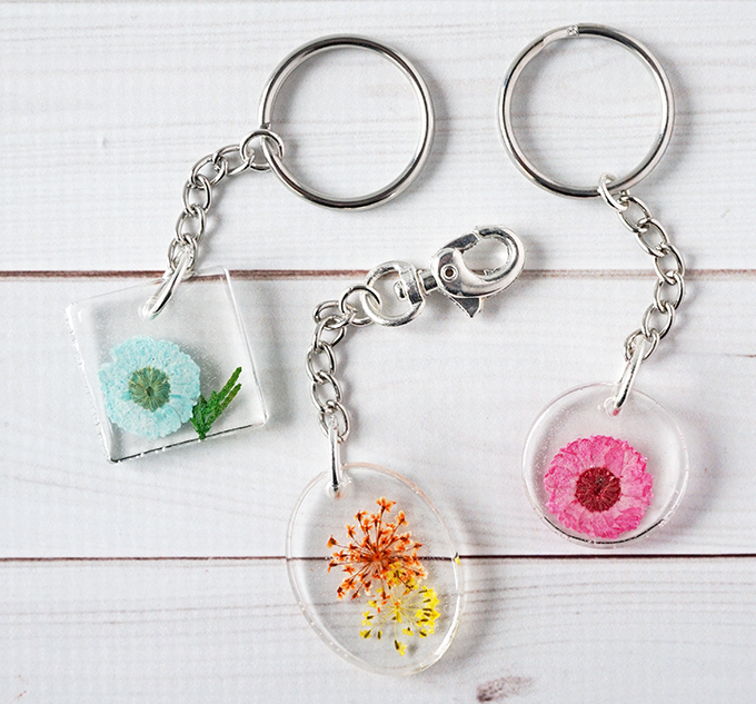 pressed flower resin keychains