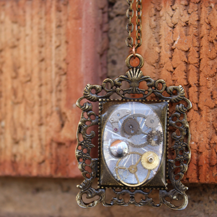 Steampunk resin necklace pendant diy resin crafts steampunk costumes and cosplay are extravagant and over the top steampunk themed jewelry is so intricate and interesting its easy to make yourself solutioingenieria Gallery