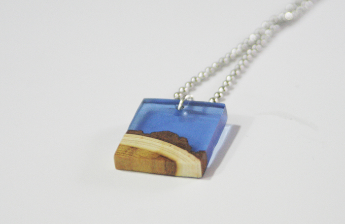 wood resin pendant - completed square pendant