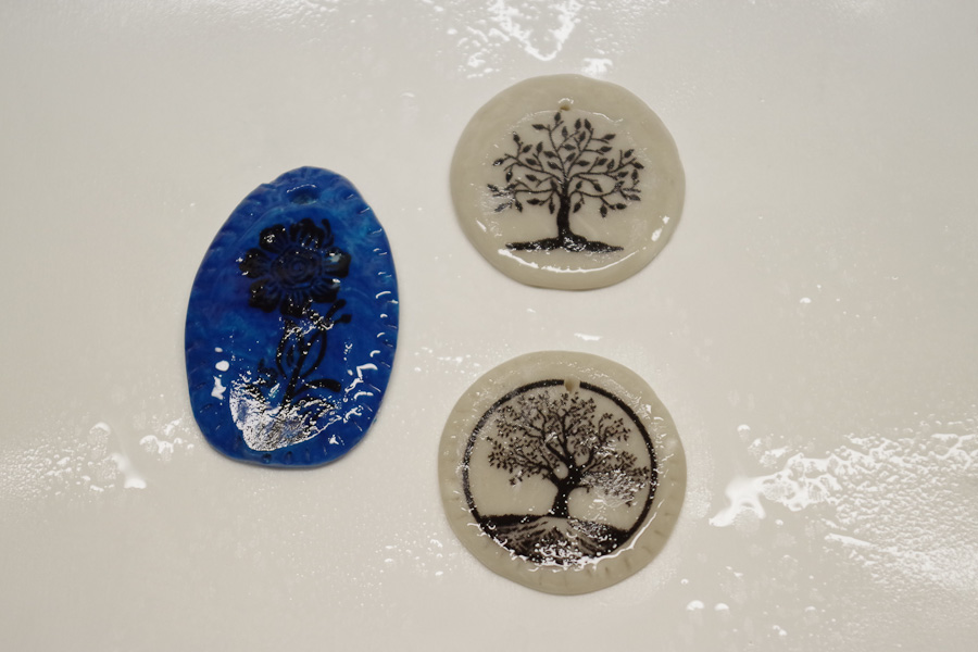 Clay Pendant Ink Transfer Resin Spray