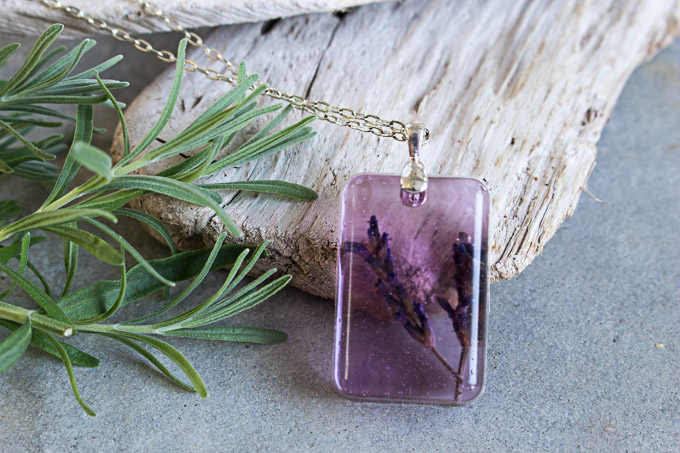 Diy Lavender Flower Pendant With Envirotex Jewelry Resin Resin Crafts