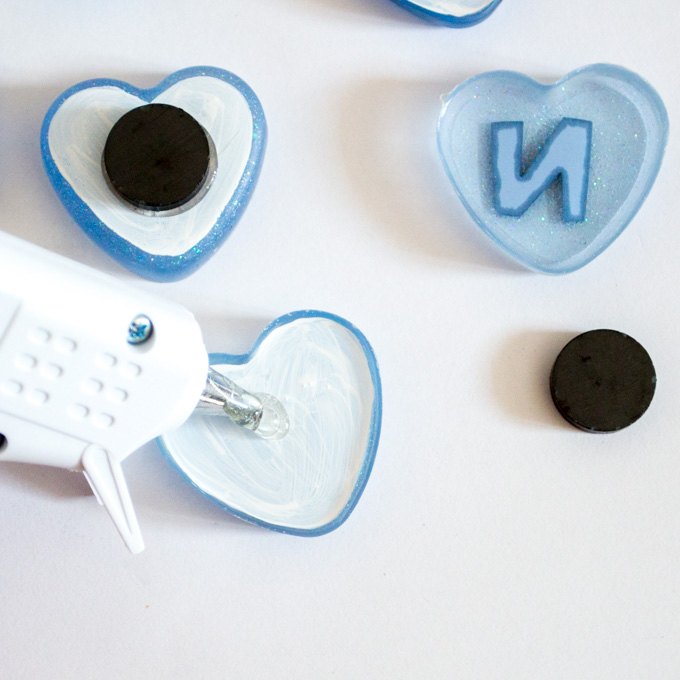 Resin heart monogram diy fridge magnets resin crafts for Small magnets for crafts