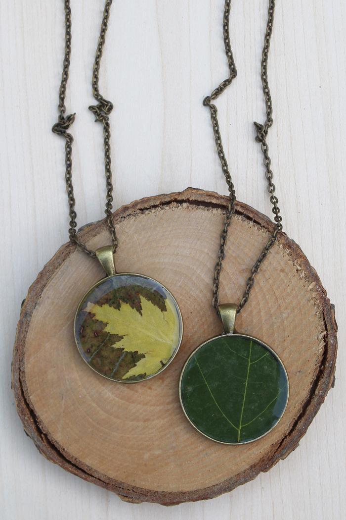 Autumn leaf resin pendant diy resin crafts autumn leaf resin pendant diy mozeypictures Images