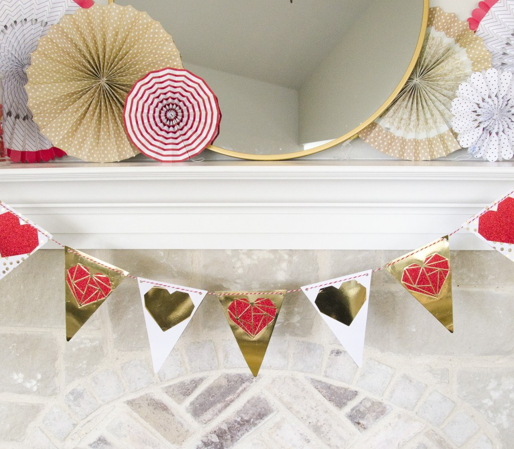 10 DIY Valentine's Day Decor Options
