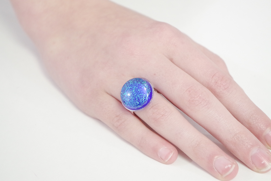 Resin Glitter Rings- blue circle final photo