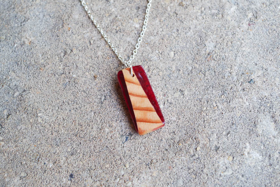 DIY Wood and Resin Necklaces red rectangle final