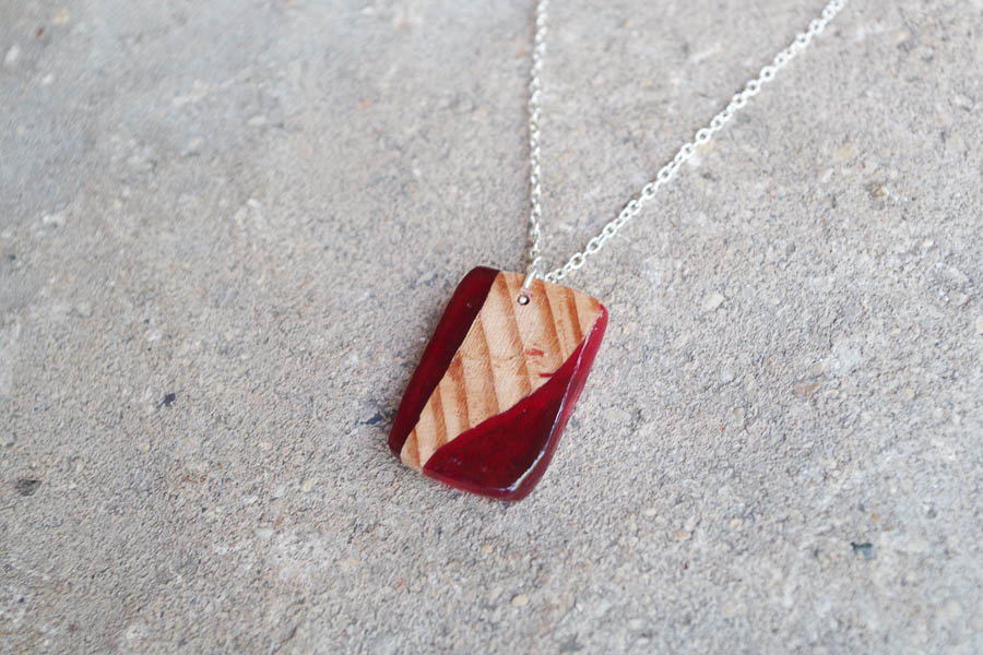 DIY Wood and Resin Necklaces red square final