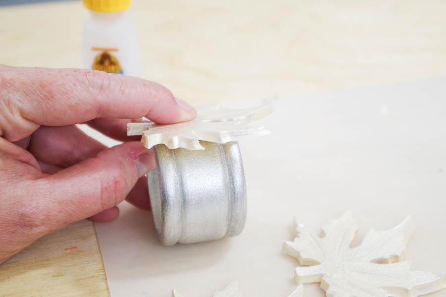 DIY Autumn Leaf Napkin Rings - super glue leaves to napkin rings