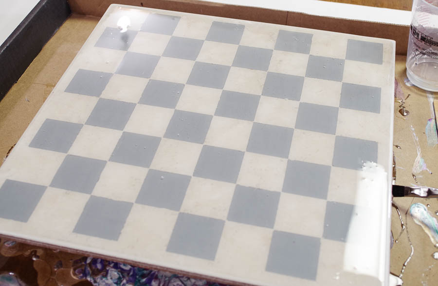 Upcycle Tile to Resin Coated Chess Board - tip to spread resin to all parts of tile
