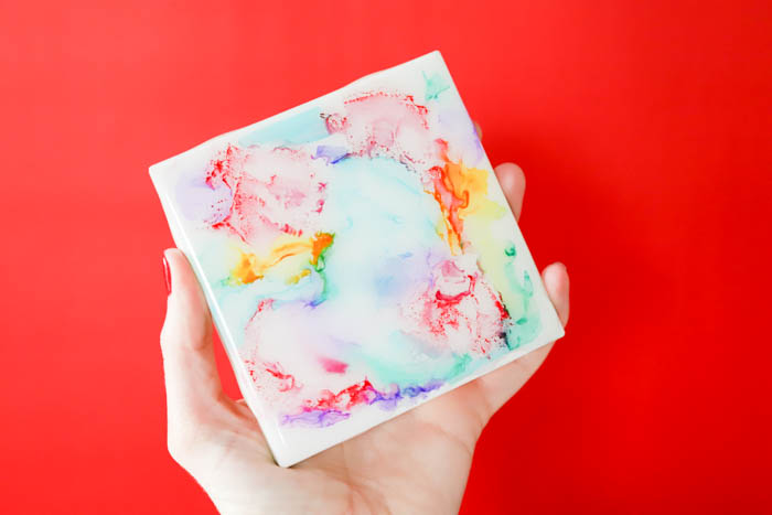Create colorful coasters with markers, isoprophyl alcohol, and a lighter then coat withEnviroTex Lite®Pour On High Gloss Finish.