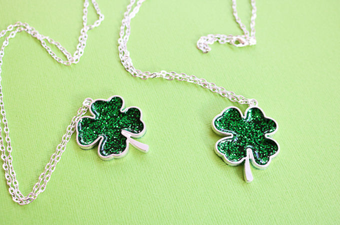 Make a shamrock necklace for Saint Patrick's Day with resin and glitter!