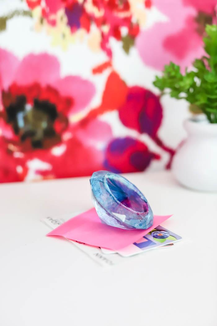 Resin paperweight diamond