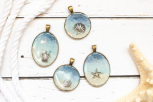 DIY Seashore Resin Jewelry