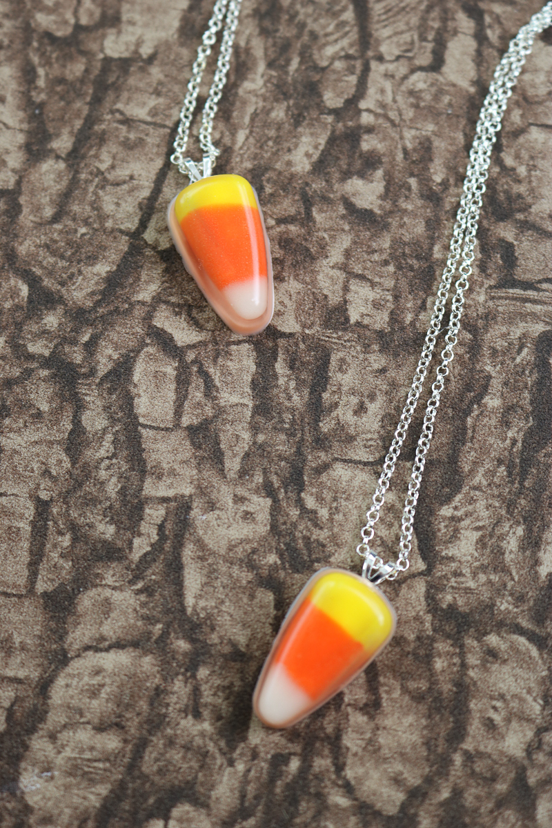 make a diy candy corn necklace