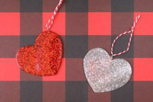 Using Silicone Molds to Make DIY Ornaments
