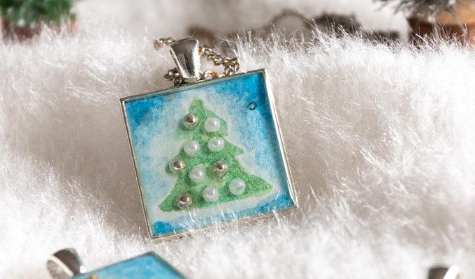 Christmas Tree Resin Pendants