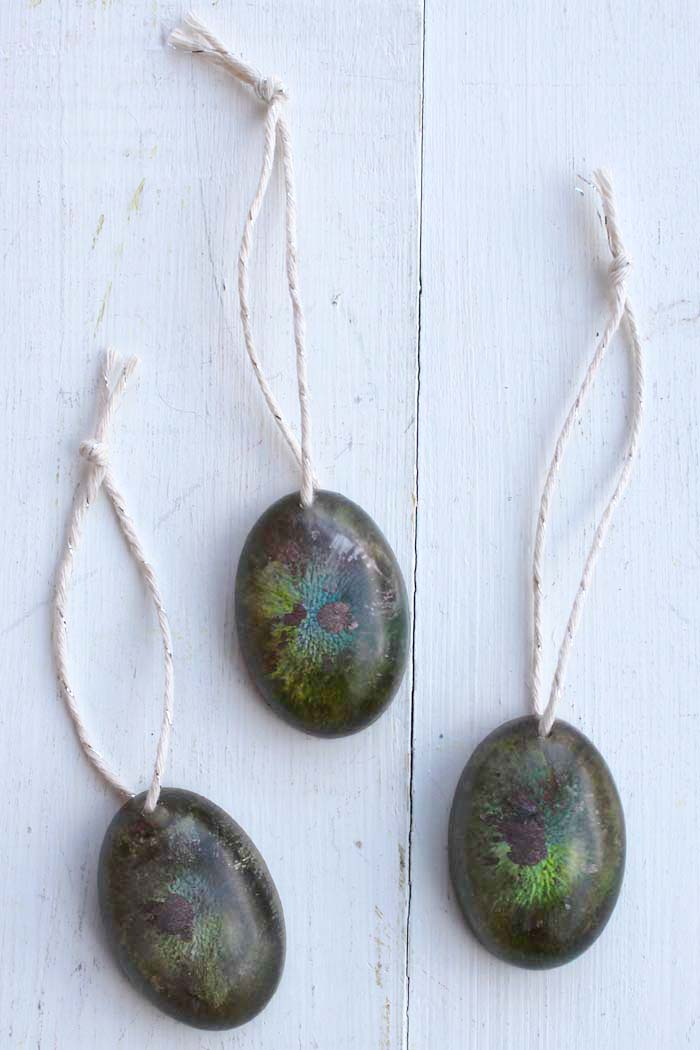 Resin alcohol ink ornaments are easy to make and are great for resin beginners to experts.
