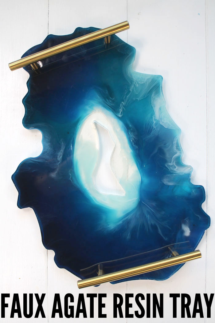 Make a faux agate resin tray to use as a drink server, catch-all, decor/converstation piece or for parties and entertaining. Pick your favorite colors to create a gorgeous work of art.#resin #resincrafts #resincraftsblog