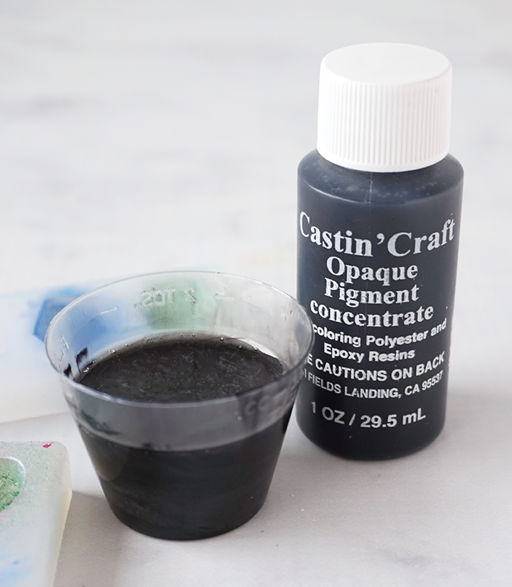 Resin Mixture with Black Opaque Pigment Bottle