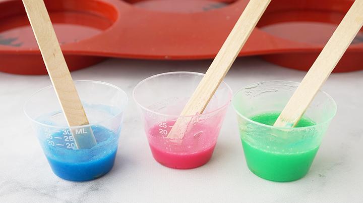 Mélanges de résine de couleur vive