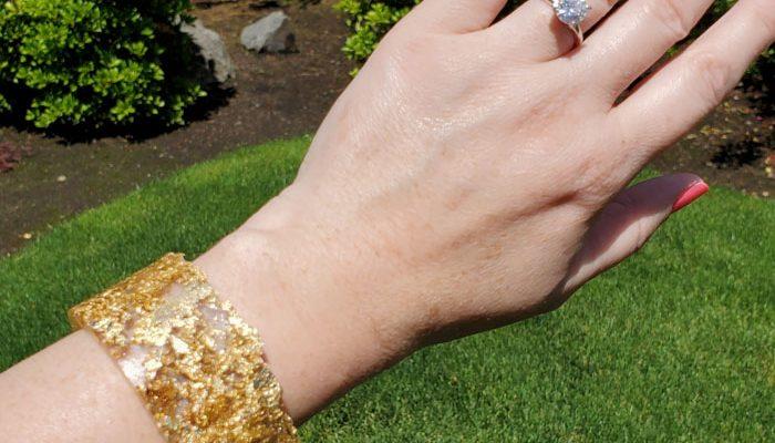 Glitter Bracelet with Polyester Casting Resin